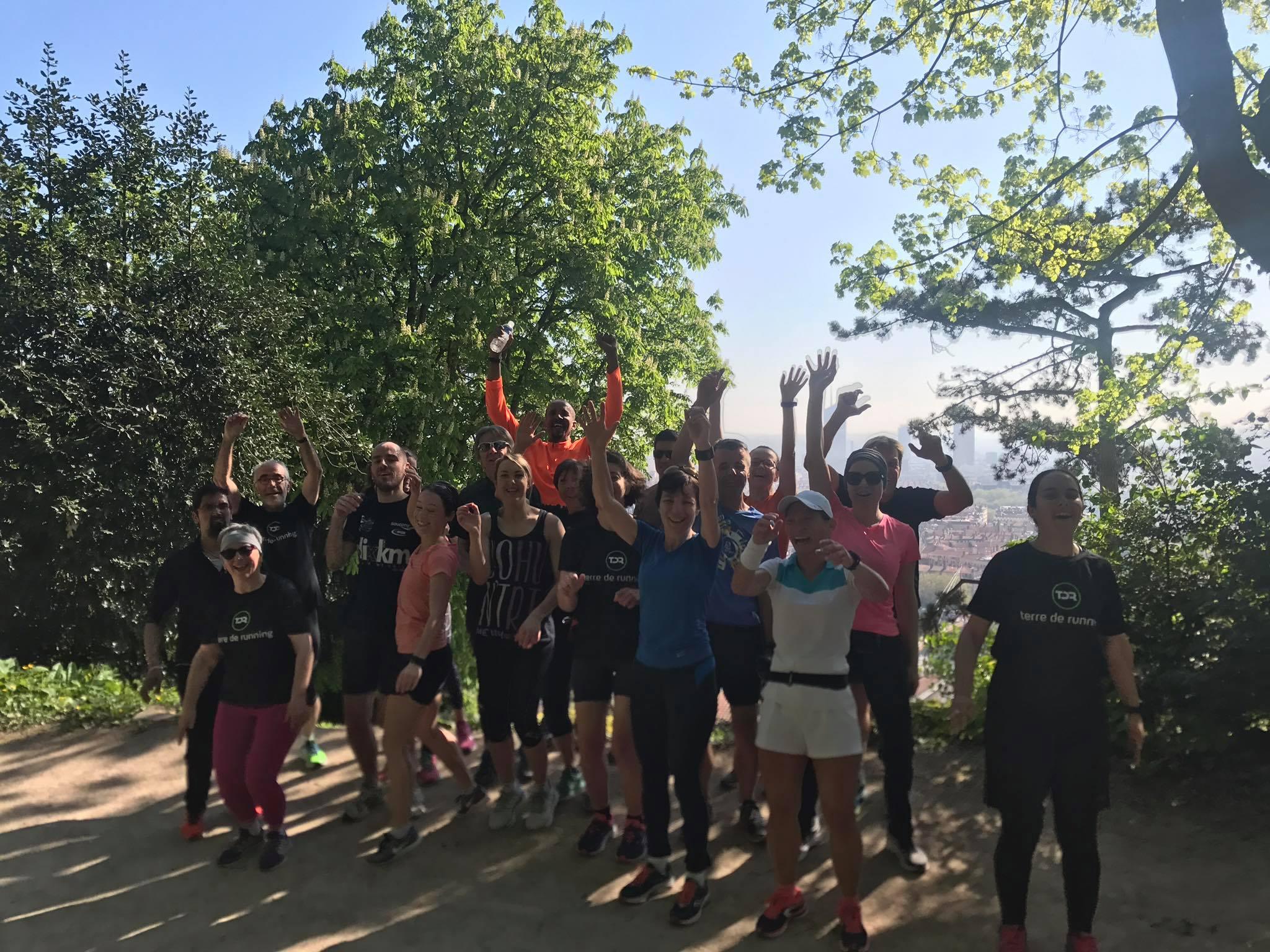 Chaude Ronde Sur Lyon Pour Un Plan Baise