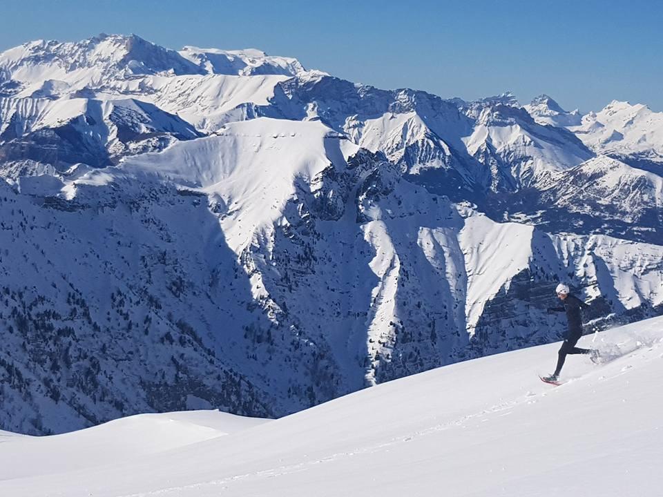 Stéphane Ricard coureur-traileur adepte de la raquette à neige version sportive